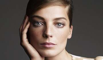 daria werbowy finds fame hard to deal with -...