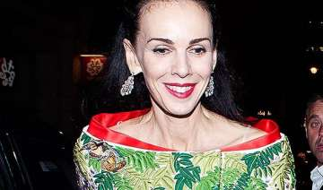 l wren scott gets honoured through a fashion...