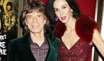 mick jagger devastated over girlfriend l wren...