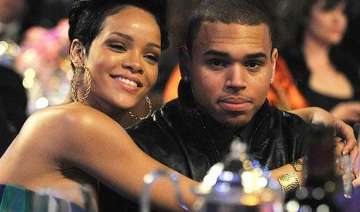 rihanna wishes out of jail chris brown well -...