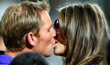 hours after royal kiss shane liz kiss in jaipur -...