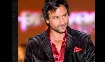 saif down with food poisoning - India TV