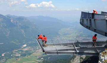 view alps from 1 000 metre high tower - India TV
