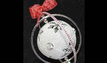 world s costliest christmas bauble price 82 000 -...