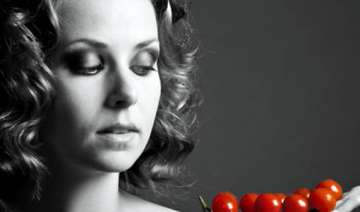 eating tomatoes lowers stroke risk - India TV