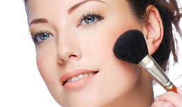get flawless natural make up look in five steps -...