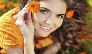 makeup tips 5 things to avoid in summers - India...