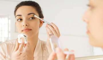 easy tips for smudge free makeup - India TV