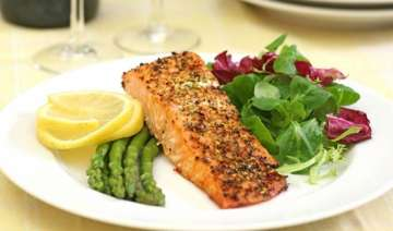 low carb diet can cause digestive problems say...