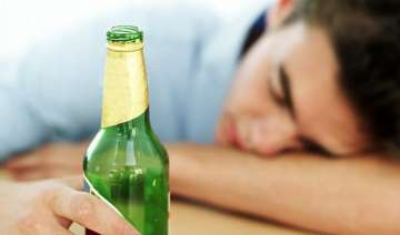 alcohol not a good sleeping aid - India TV