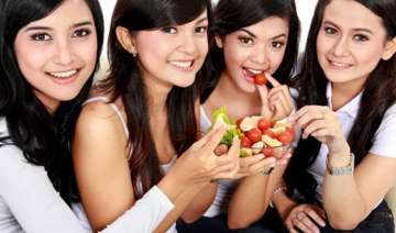 weight loss tip for teens have afternoon protein...