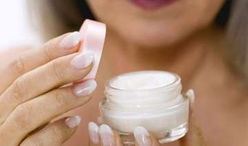 overuse of beauty creams causes acne damages skin...