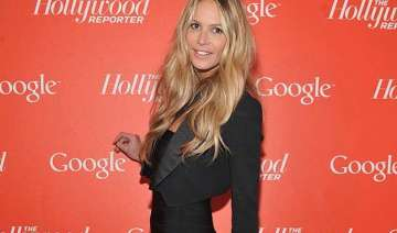 elle macpherson feels better with age - India TV