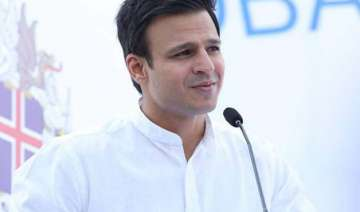 vivek oberoi helps raise funds for cancer...