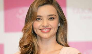 yoga keeps miranda kerr fit - India TV