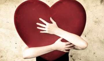new year resolutions falling in love tops the...