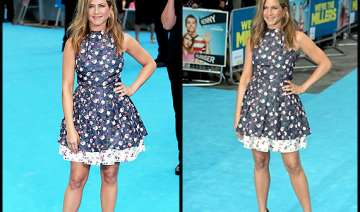 jennifer looked chic in a flirty floral skater...