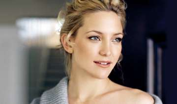 kate hudson obsessed with lip balm - India TV