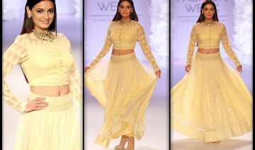 lakme fashion week 2014 dia mirza walks in...