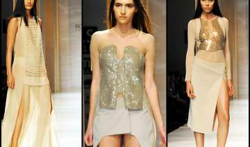 skin tone dominated line by rohit rahul at wifw...