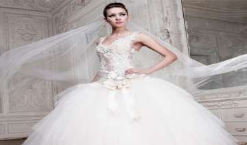 women okay selling their wedding dresses - India...