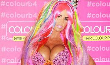 katie price only uses vaseline for makeup - India...