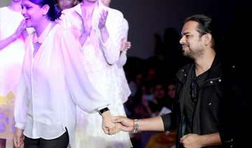 wifw aw 2014 rahul mishra presents award winning...