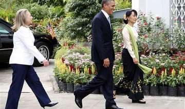 america is with you obama tells myanmar students...