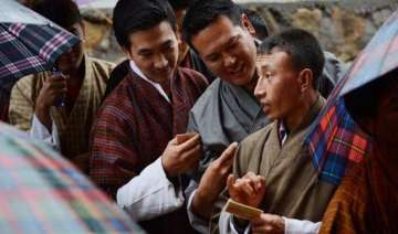 bhutan votes for a change in power - India TV