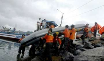boat sinks off eastern indonesia 14 missing -...