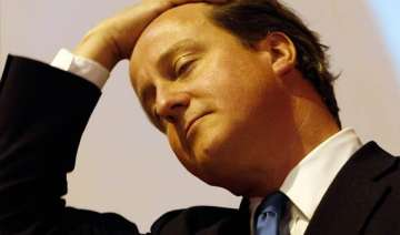 cameron to be quizzed over phone hacking scandal...