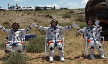 chinese astronauts parachute land after mission -...