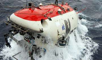 chinese submersible sets new deep sea diving...