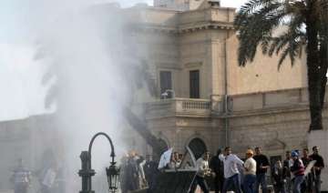clashes continue in egypt toll increases to 14 -...