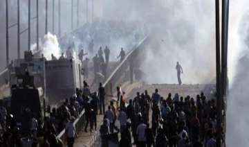 eu restricts weapon export to egypt - India TV