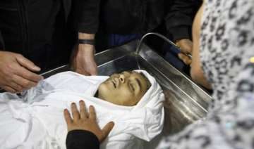 egypt says raids would end death toll in gaza 122...