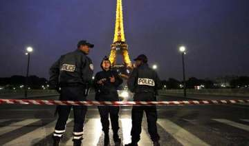 eiffel tower evacuated after threat call - India...