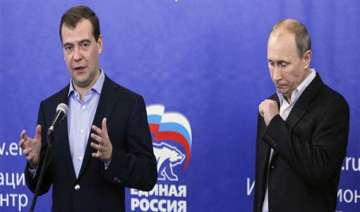 putin s party barely hangs on to its majority -...