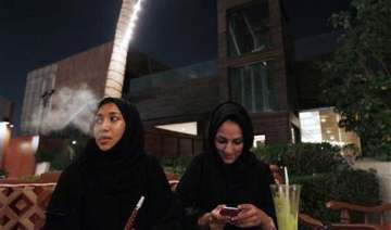 saudi single women challenge tradition in love...