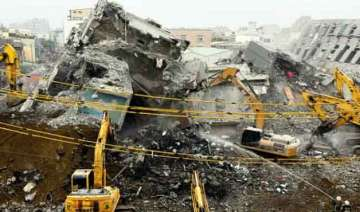 115 bodies pulled out from taiwan quake rubble 2...