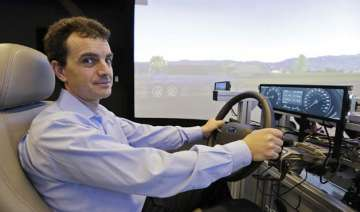 high tech cars bring detroit silicon valley face...