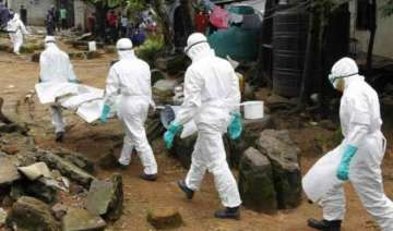 liberia cremates 2 800 ebola bodies - India TV