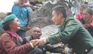 death toll mounts to 2500 in nepal earthquake 53...