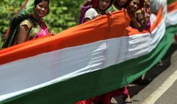 indian americans celebrate independence day with...