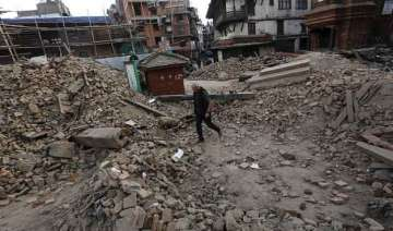 nepalese officials warn death toll in earthquake...