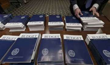 us deficit to shrink to lowest level of obama...