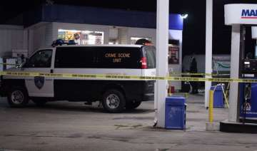indian man shot dead in robbery attempt at us gas...