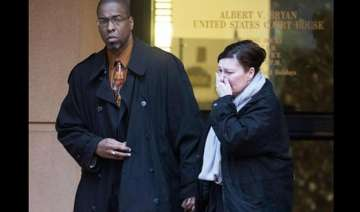 ex cia officer convicted of leaking secrets to...