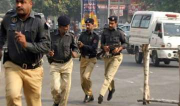 security forces kill 10 militants in pakistan -...
