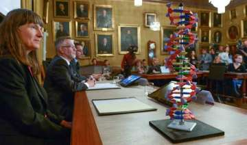 scientists win nobel chemistry award for work on...